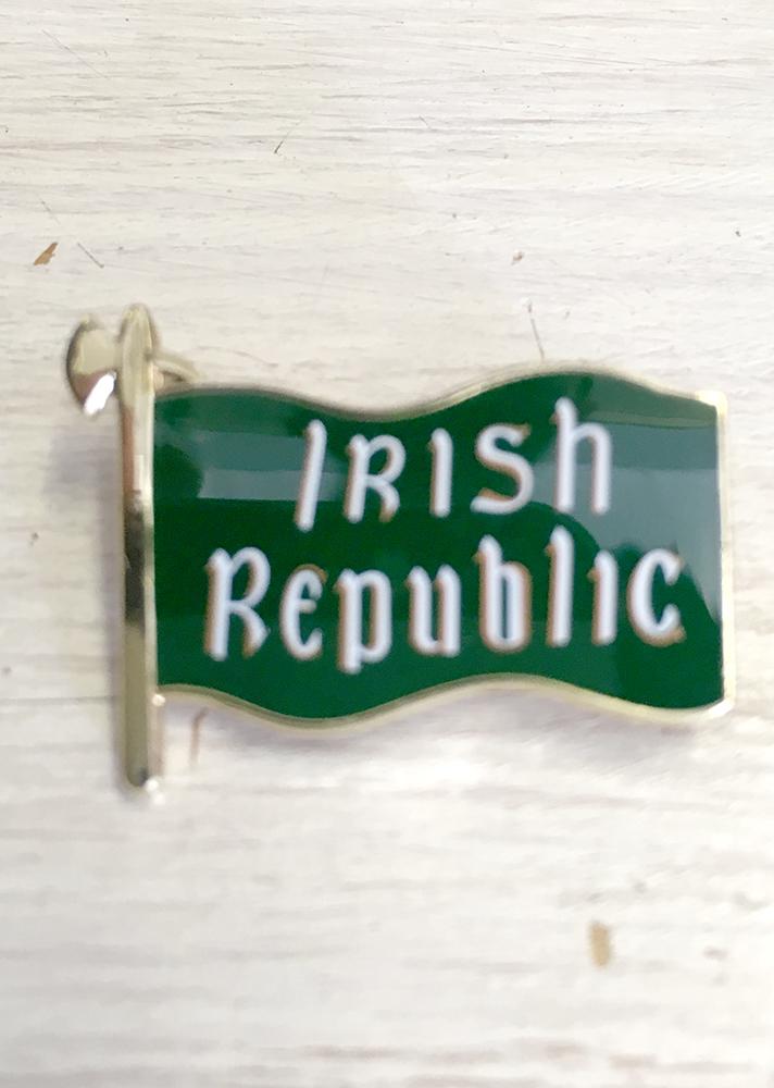 Irish Republic 1916 Banner Badge
